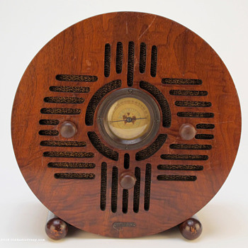 "Detrola ""Wooden Blue Bird"" Art Deco Tube Radio - Radios"