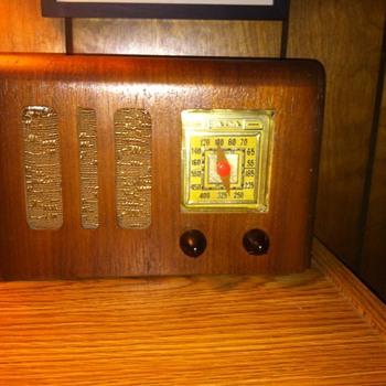 1940's Fada Radio - Radios