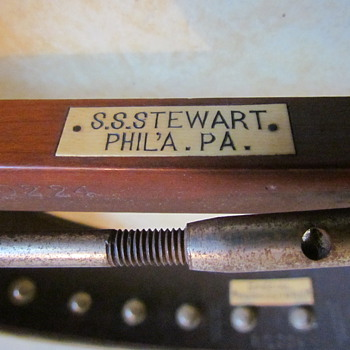 S. S. Stewart 5 String Banjo - Original Case - Guitars