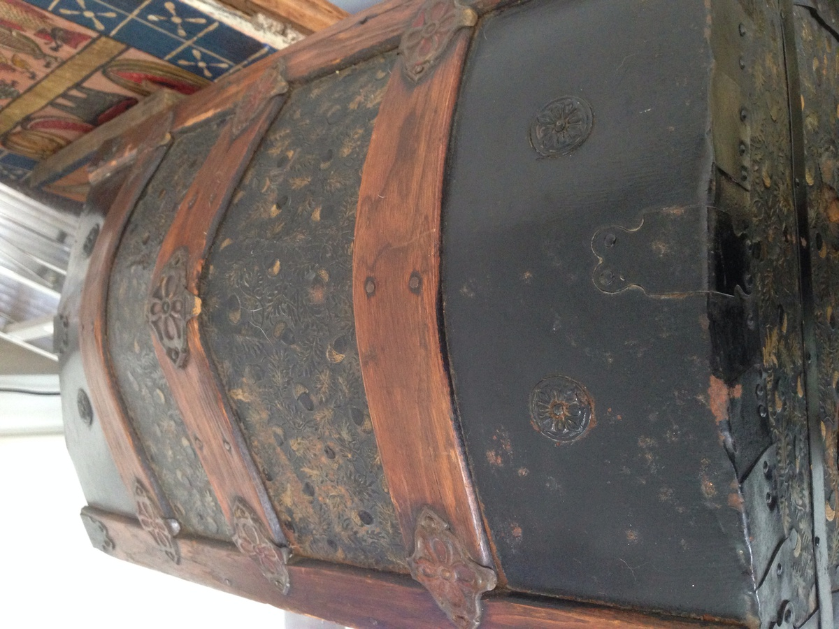 Antique Camel Back Trunk Collectors Weekly