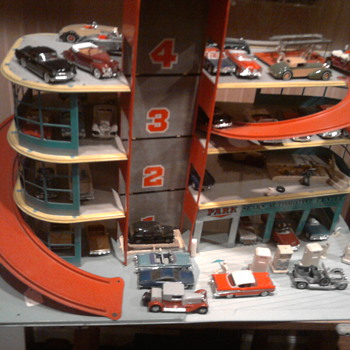 Sears Parking Garage & Service Center - Model Cars
