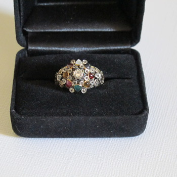 Vintage / Antique Princess Style 14k Gold Ring