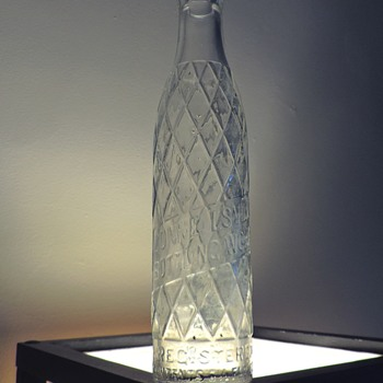 1939 Connellsville Bottling Soda Bottle Owens-Illinois Glass Embossed Diamond Pattern 6.5 Ounces Clear - Bottles