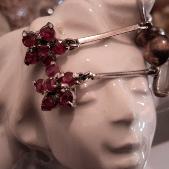 5 point cluster Ruby drop earrings in silver - Fine Jewelry