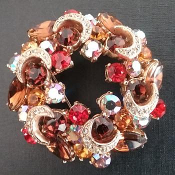 Sphinx brooch  - Costume Jewelry