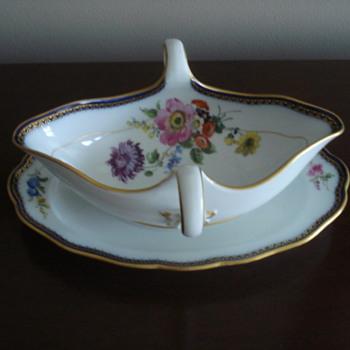 Meissen Gravy Boat - China and Dinnerware