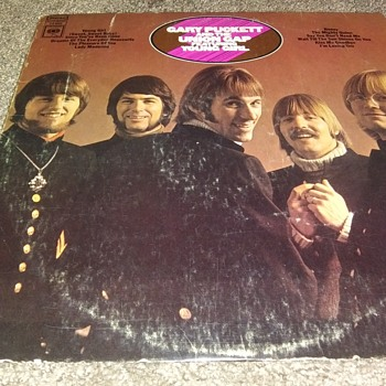 Gary Puckett And The Union Gap...On 33 1/3 RPM Vinyl - Records