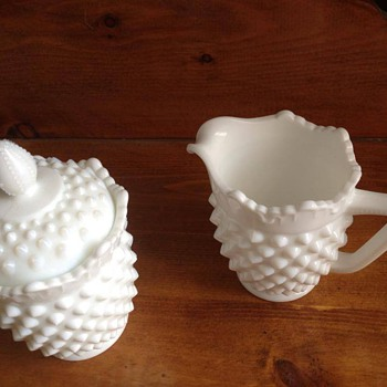 milk glass cream and sugar set - Glassware