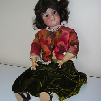 My mother's doll - early 20th century I think