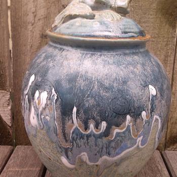 Art pottery signed Cinder - Pottery