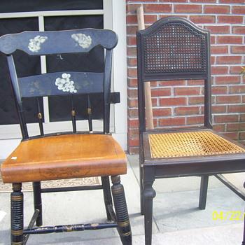 BLACK-COM CHAIR ? - Furniture