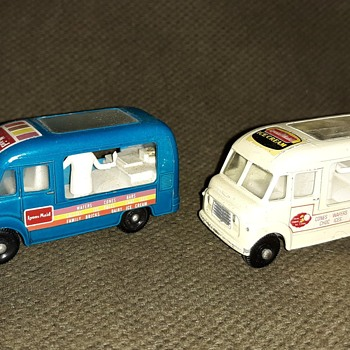 Moldy Mound Matchbox Monday MB 47 Commer Ice Cream Van 1963-1967 - Model Cars