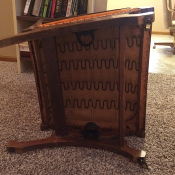 Early 1900's rocking chair (Please help to identify)
