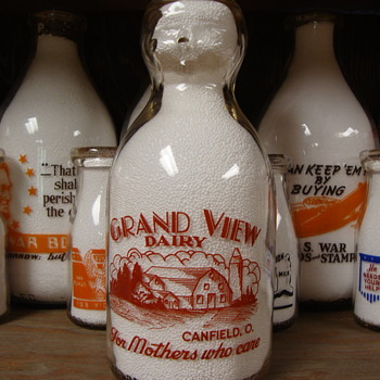 GRAND VIEW DAIRY...CANFIELD OHIO...BABY TOP MILK BOTTLE - Bottles