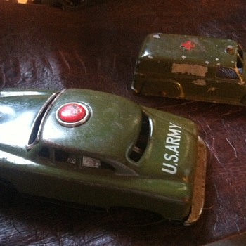 Tin Cars ARMY - Toys
