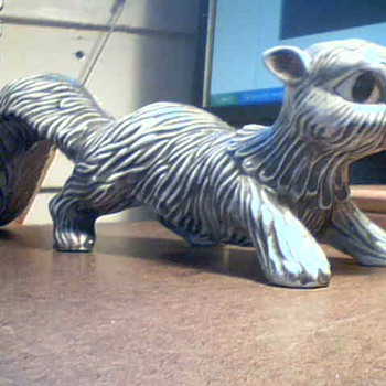 Arnels Squirrel  - Pottery