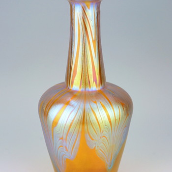 Loetz Phänomen Genre 7951 Form II-192 - Art Glass