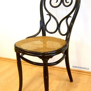 Thonet Chair Nr. 4 - Furniture