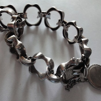 Sterling Silver 70's bracelet for a special occasion. - Fine Jewelry