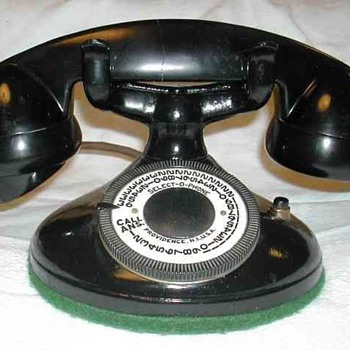 Select-O-Phone Deskset - Telephones