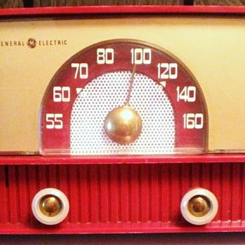 1955 GE Model 429 Radio