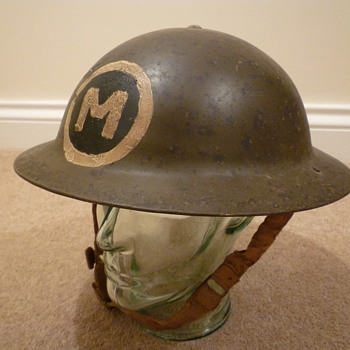 WW11 steel helmet, possibly North Africa