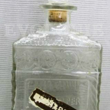 Clear Glass I.W.HARPER Liquor Whiskey Bourbon Wine Decanter w/Stopper - Bottles