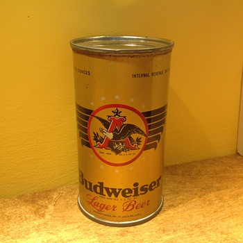 Budweiser eagle claw can - Breweriana