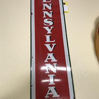 Sinclair Pennsylvania motor oil sign  - Petroliana