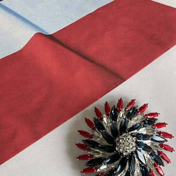 July 4 — US Patriotic Collectibles, Jewelry - Military and Wartime