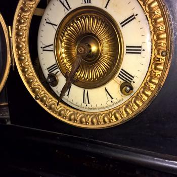 Can you help identify my Ansonia clock? - Clocks