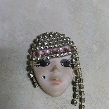 POTTERY FLAPPER GIRL PIN - Costume Jewelry