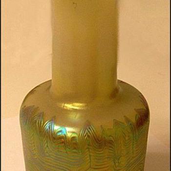 LOETZ  AUSFUHRUNG 227 ( 1925 ) - Art Glass