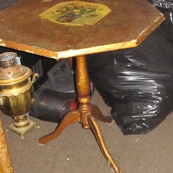 Antique small table foldable  - Furniture