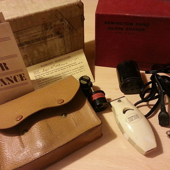 Remington Rand Close shaver 1938 - Accessories