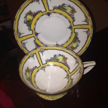 Mintons England teacup and saucer - Art Deco