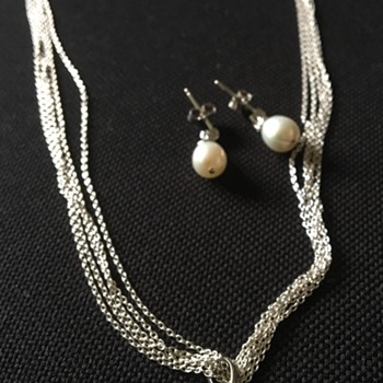 Silver and pearl necklace set  - Fine Jewelry