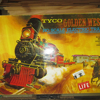 The TYCO Golden West train set.  - Model Trains