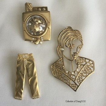 Jonette Jewelry Brooches — Goldtone Various - Costume Jewelry