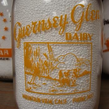 GUERNSEY GLEN...MOUNTAIN VIEW CALIFORNIA COP THE CREAM MILK BOTTLE  - Bottles