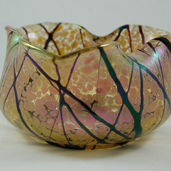 Art glass bowl  - Art Glass