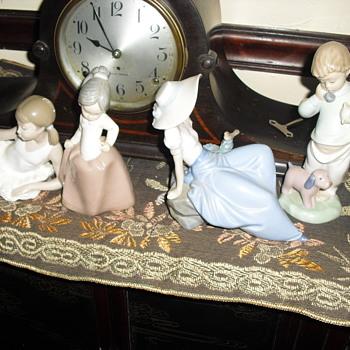 Larado figurines  - Figurines