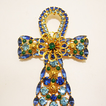 Vintage DeLizza & Elster for Alexis Kirk Rhinestone Ankh Pendant Brooch - Costume Jewelry