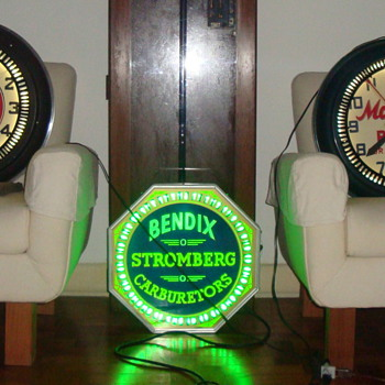 spinner neon clocks - Clocks
