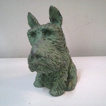 """ Vanio"" White Metal 6 "" Scottie Coin Bank / Original Green Finish / Circa 1930's - Coin Operated"
