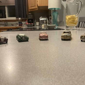 Dinky Toys vintage die-cast cars  - Model Cars