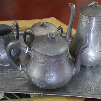 My New Art Nouveau Hugo Leven Kayerserzinn Tea Service - Art Nouveau
