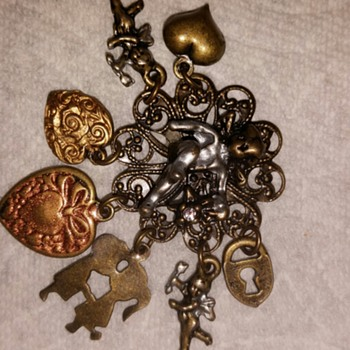 Art Nouveau Charm Pin Raphael
