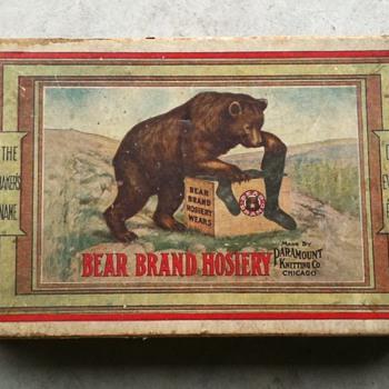 BEAR BRAND hose box - Advertising