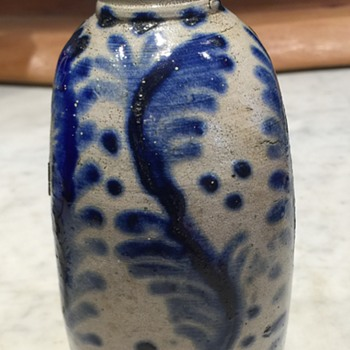 More pics of stoneware flask - Pottery
